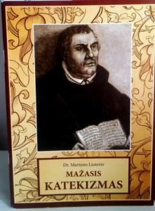 Lettisk udgave af Luthers lille katekismus.